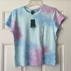 NWT!! Wild Fable Copped Tee